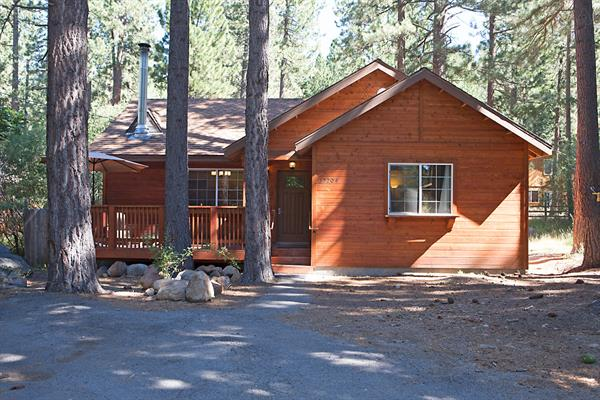 (rent from homeowner) Donner Bliss, Private Home Vacation Rental