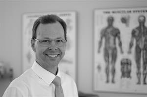 Dr. Thomas L. Viland, DC