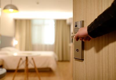 Gallery Image hotelentry.jpg