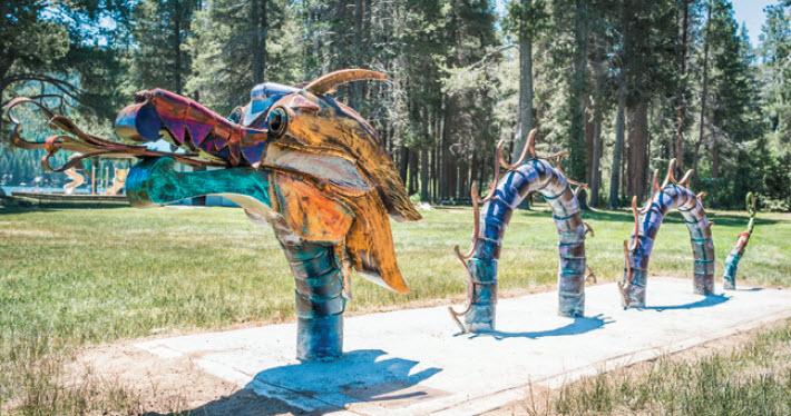 Public Art - El Dragon