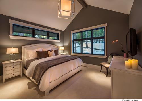 Mountain Transitional Guest Bedroom