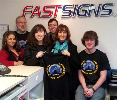 FASTSIGNS Sponsors Olympia Robotics Team