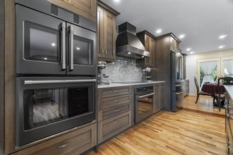 Cabinets by Trivonna