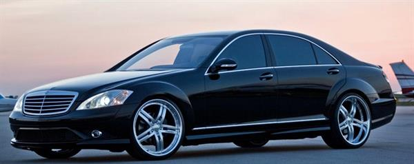 Mercedes S550 used for airport transportation and travel to and from meetings