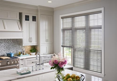 Gallery Image wood-blinds-kitchen-enlightened-style.jpg