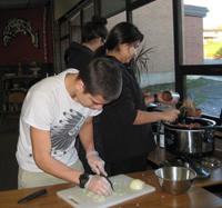 Ferndale High's Oksale Class Prepares Tacos
