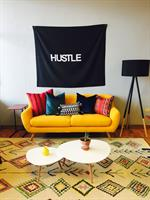 Hustle Lounge