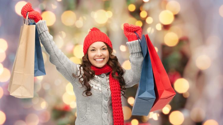 9 Easy Ways Small Retailers Can Attract Holiday Shoppers