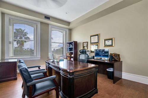 Gallery Image 1718_E._7th_Avenue_Interior_Office_Photo2.jpg
