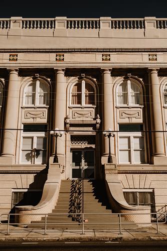 Gallery Image centro-asturiano-de-tampa-wedding-venue-vintage-styled-photo-sessio_-231.jpg