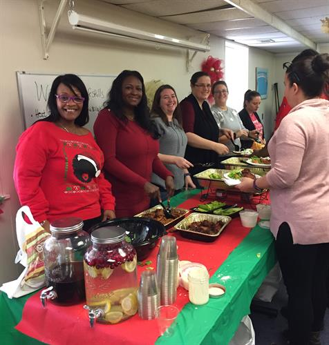 Delta Family Services Serve Holiday Lunch