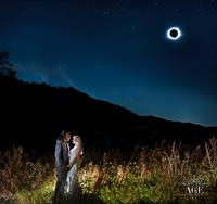 Same-sex wedding during eclipse 8/21/17