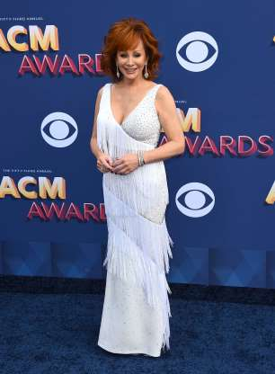 Reba McEntire wearing JK at the ACM Awards Red Carpet