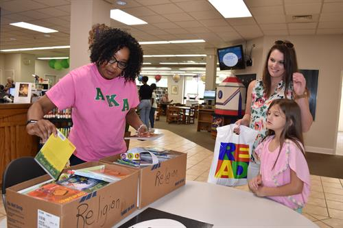 City of Goldsboro provided free books to children at the 2019 Summer Learning Kickoff