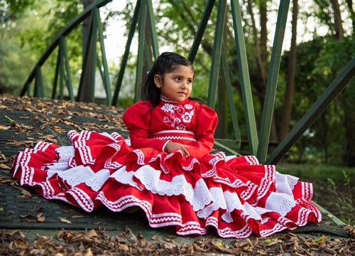 Gallery Image 092120-red_dress-16.jpg