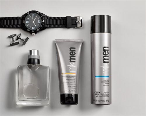Men's age fighting skin care and skin-loving shaving products.