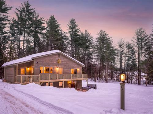 Coombs Chalet- Sleeps 8