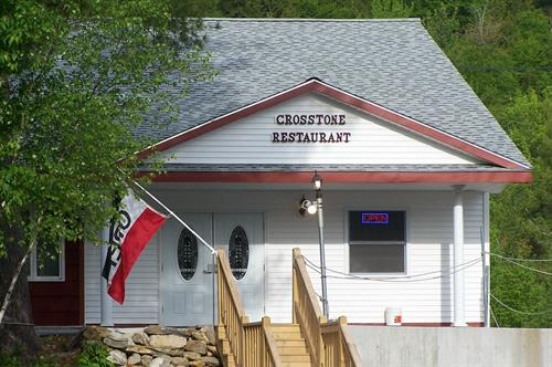 The Crosstone Restaurant is located at the end of the Mollyockett Motel