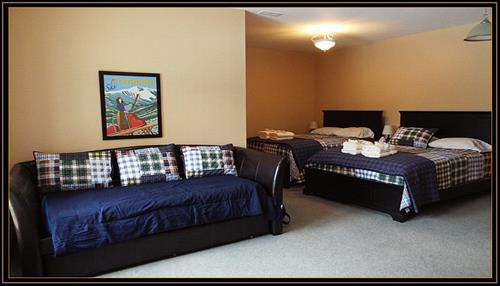Gallery Image Caribou_Run_bedroom_2020.JPG
