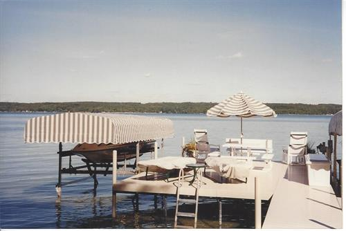 Dock & Canopy's