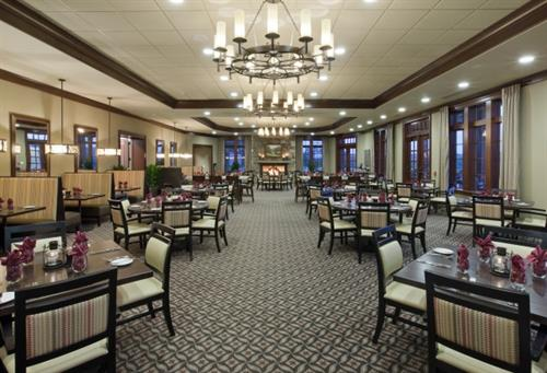 Oak Restaurnt is a members only private dining experience.