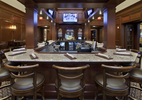 Our members enjoy lots of time in Tavern at Oak.