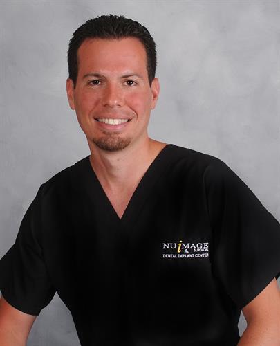 Dr. Jorge E. Perez