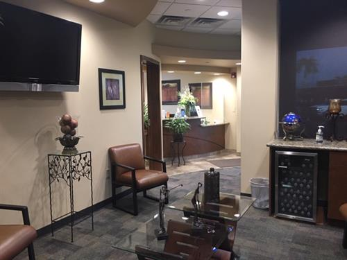Gallery Image dental-clinic-in-fountain-hills.jpg