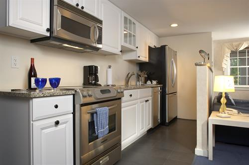 Upper Deluxe Suite Kitchen