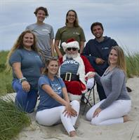 Photos with Santa at the Shark Center