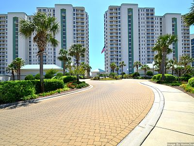 Silver Beach Towers 1402-E