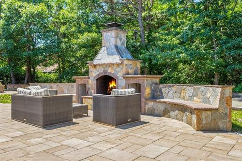 StoneFire Outdoor Fireplace