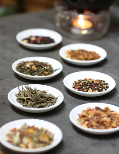 Gallery Image GrandFete-Loose_Leaf_Teas_-_2_copy.jpg