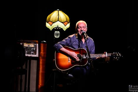 Peter Frampton October 2015