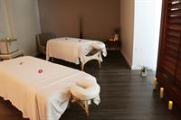 LATHER Spa couples massage