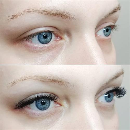 Before and After of a Russian Volume Eyelash Extension Set