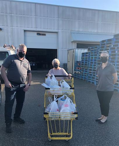 Gallery Image Barrie_Food_Bank_Donation_October_2020.jpg