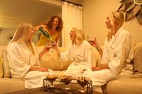 Gallery Image Spa_Party.jpg