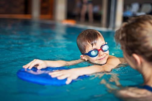 Gallery Image Swimming_pool.jpg
