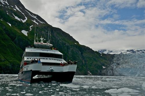 Phillips Cruises & Tours, 26 Glacier Cruise, Whittier Alaska