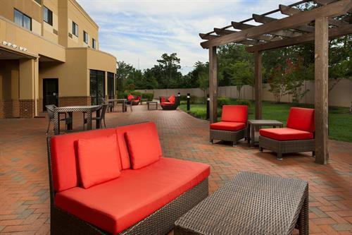 Courtyard Patio Area