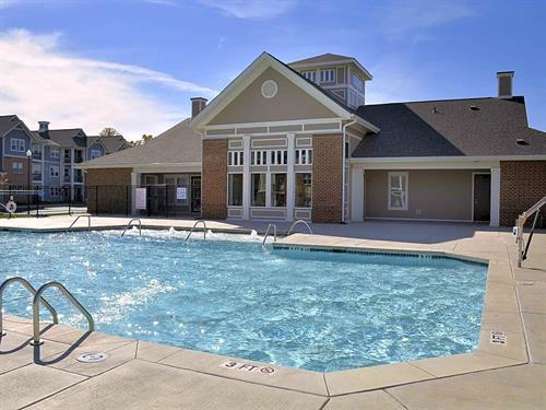 Adams Crossing Resort Pool