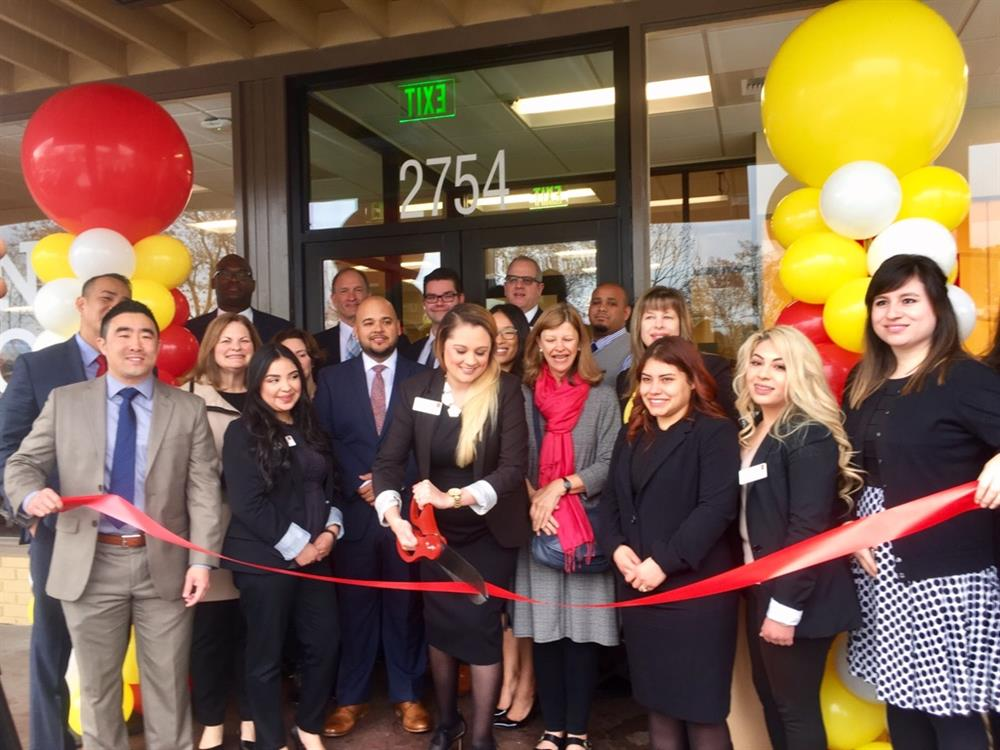 MIdtown Palo Ato branch opening ribbon cutting