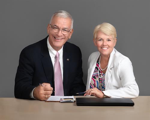 Meet Ken & Annie Clark