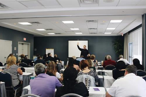 Live & Online Seminars on Communication, Leadership and Personal Development