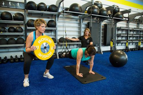 Paso Robles Sports Club offers personal training with certified employees.