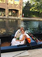 Meng and Kristin wedding in a gondola September 2016