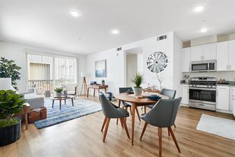 Blue Oak Apartment Homes