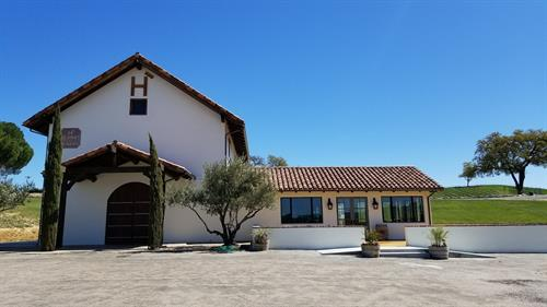 Hearst Ranch Winery Paso Robles Tasting Room
