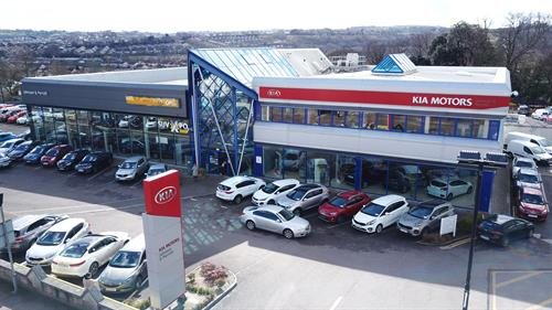 Opel & KIA Dealership in Douglas